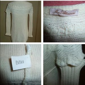 Ms. BLUMARINE 💯authentic wool sweater